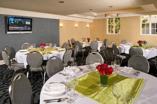 Artmore Hotel: Gallery Cafe Banquet Style