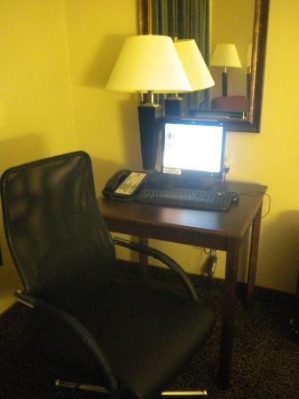 Best Western Auburndale Inn & Suites: Free Internet/Computer In Every Room