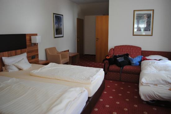 Waldhotel Morhoff: Three person room