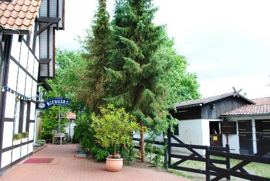 Waldhotel Morhoff: Side of Hotel/Entrance to Biergarten