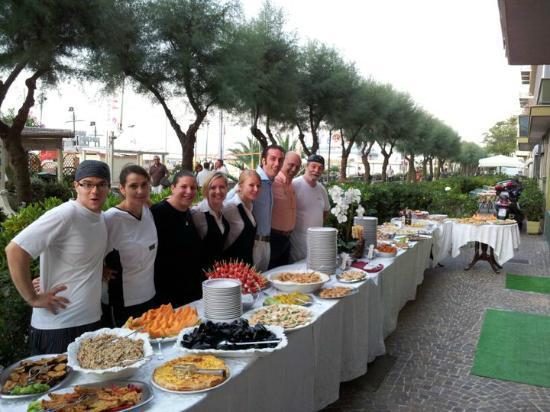 Hotel Alba: Buffet di Ferragosto 2010