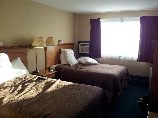 Howard Johnson Hotel Port Alberni: chambre 305