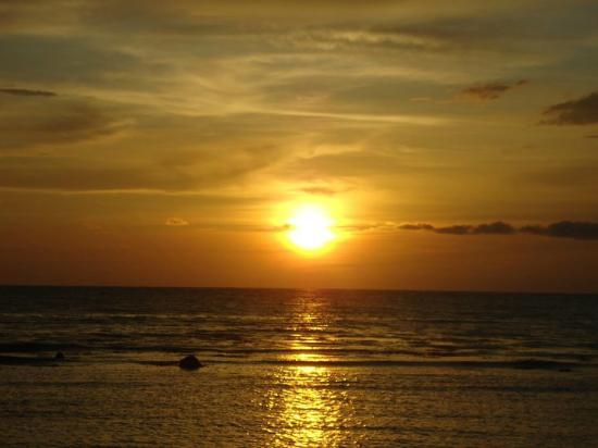 Sunset Picture Of Sunset Bay Beach Resort La Union