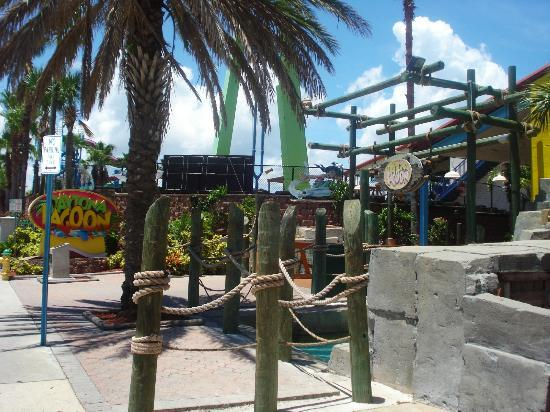 Daytona Lagoon: The Entrance