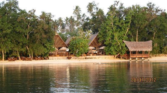 Ratua Private Island: from boat