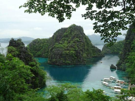 Coron Village Lodge: Kayangan Lake