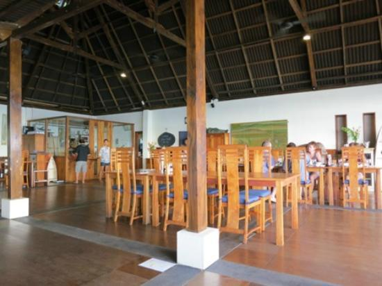 Bunaken Cha Cha Nature Resort: dining area