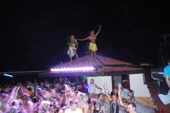 Club Marco Polo: impreza na plaży