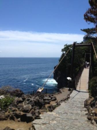 城ヶ崎海岸, 吊り橋
