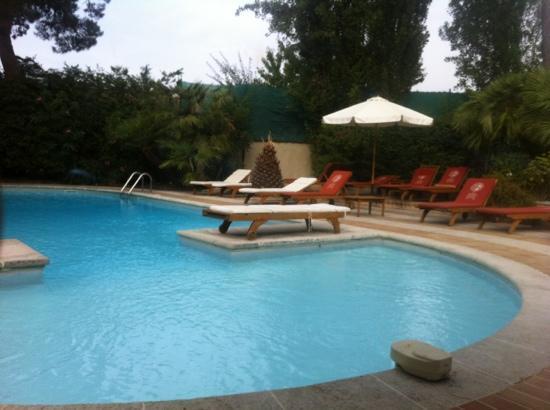 Les Agassins: piscine