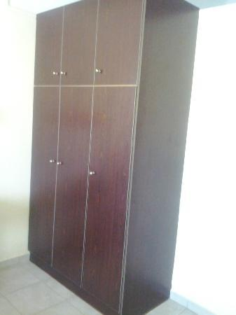 Maria's Place: Good wardrobe space