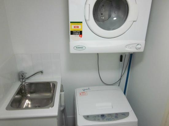 Oaks Felix: Laundry