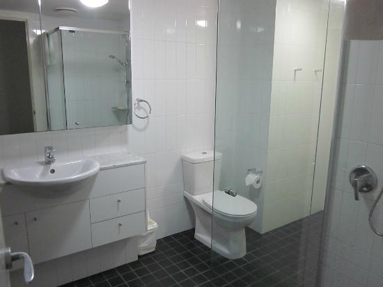 Oaks Felix: Bathroom