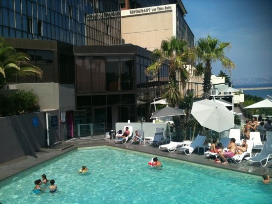 Sofitel Marseille Vieux-Port: Fuyez la piscine !