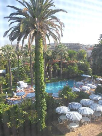 Hotel des Mimosas : Vue depuis notre chambre du 2e étage
