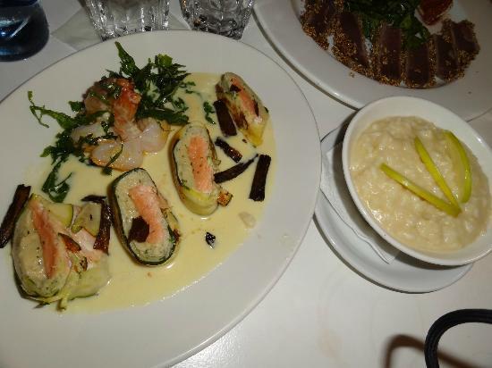 Café Noahs: Cannelloni de saumon et gambas, risotto aux pommes