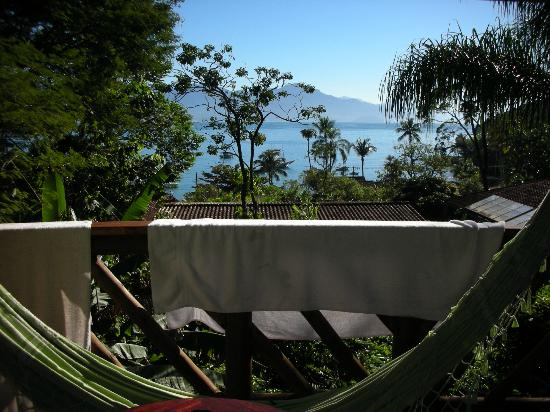 Pousada Naturalia: Balcony with hammock and seaview