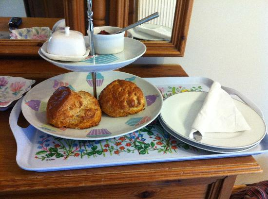Millgate Bed & Breakfast: Scones upon arrival
