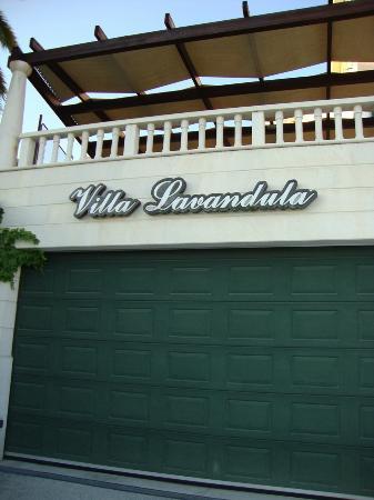 Villa Lavandula: Garage