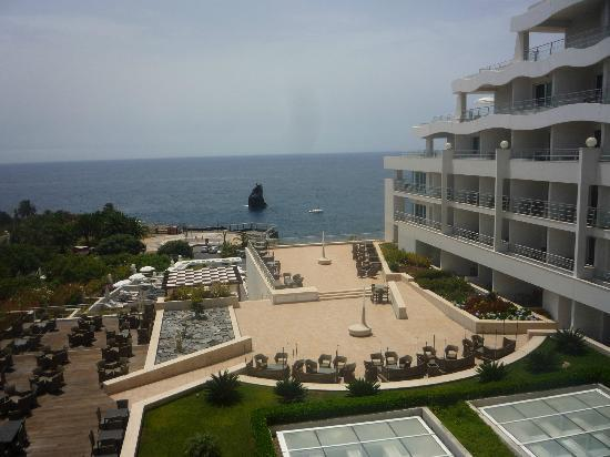 Melia Madeira Mare Resort & Spa: View from our balcony