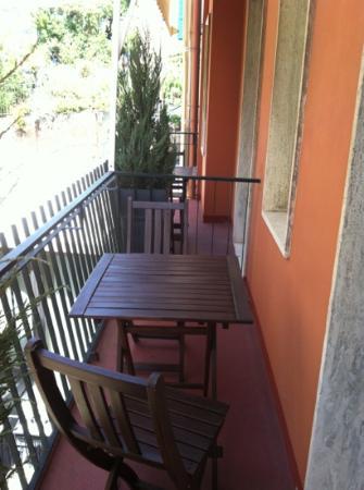 Hotel Carla: balcone camera