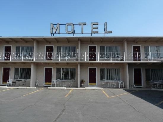 Purple Sage Motel: facciata motel