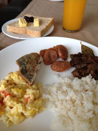 The Lake Hotel Tagaytay: breakfast