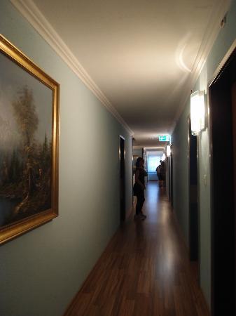 Luzernerhof Hotel: corridoor~