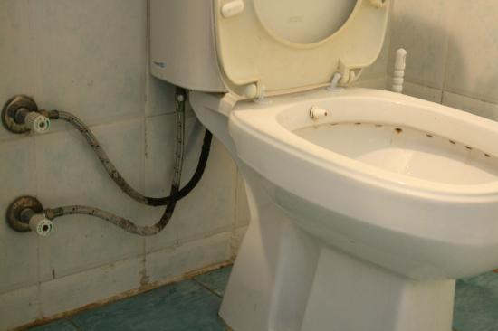 Akdeniz Apart Hotel: raccordi bagno