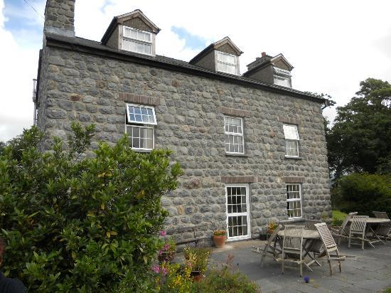 Tyn-Yr-Eithin Bed and Breakfast: The house