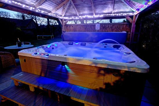 Hotel With Hot Tub In Room Norfolk Uk
