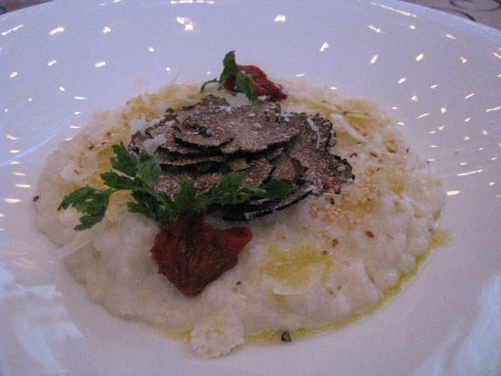 Le Crillon Hotel: Risotto with truffles