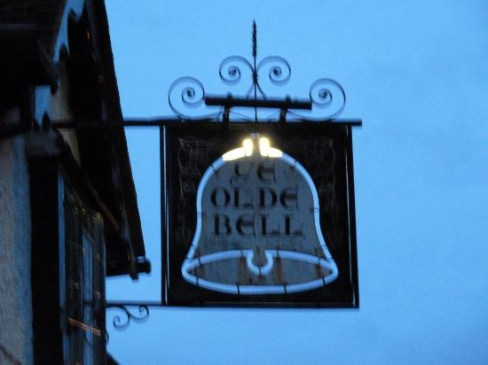 The Olde Bell: Olde Bell Hurley