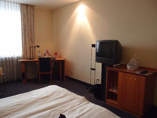 Leonardo Royal Hotel Mannheim: comfort room