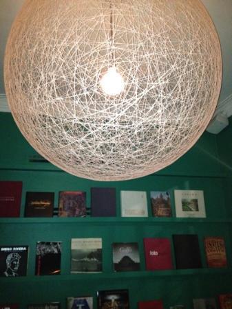 Condesa DF: Library
