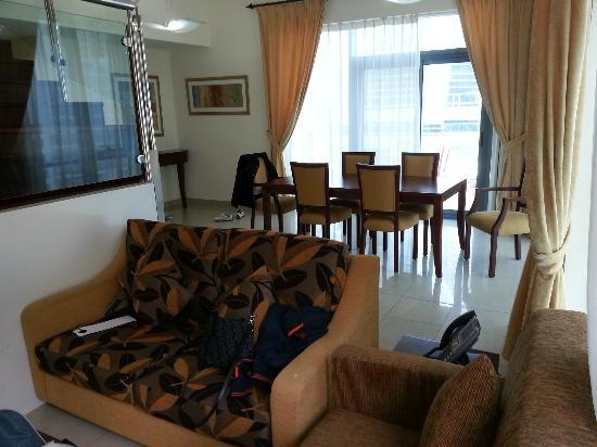 Mazoon Hotel Apartments: sitting area