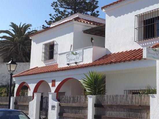 The Melting Pot Hostel Tarifa : Outside the hostel