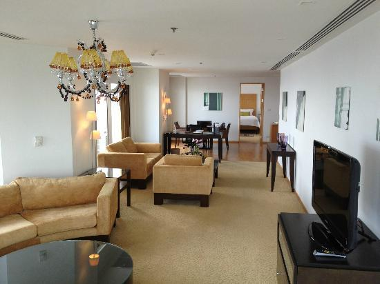 Tower Club at Lebua : 2br luxury suite
