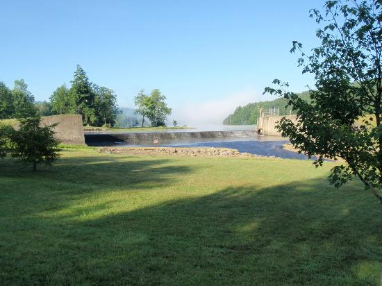Clarendon, PA: The spillway