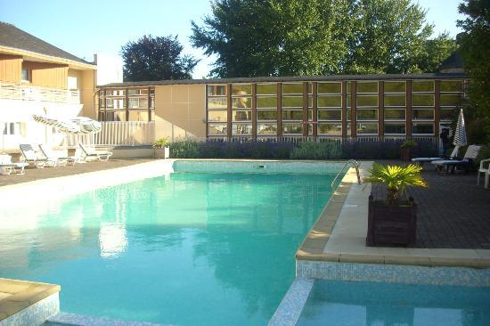 Manoir de Kerdréan: swimming pool
