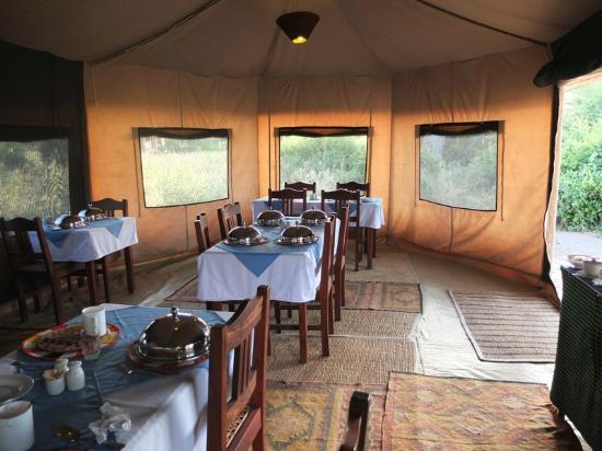 Kirurumu Tarangire Lodge: salle à manger