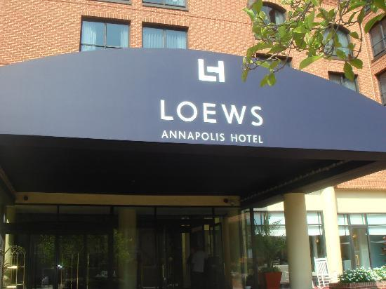 Loews Annapolis Hotel: The entrance