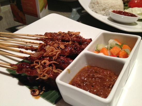 Novotel Bangka Hotel & Convention Center: Satay