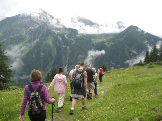 Mayrhofen, Austria: Making our way down to Finkenberg