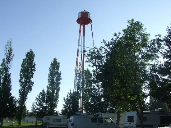 Spokane KOA : cool water tower