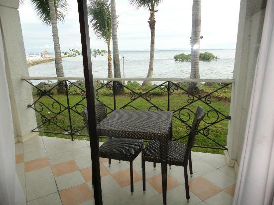 Pacific Cebu Resort: This was a lovely balcony