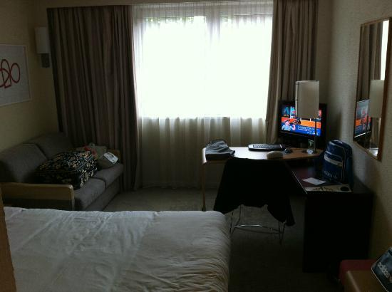 Novotel Coventry: Le coin TV