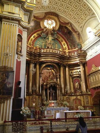 San Pedro Church (Iglesia de San Pedro): Interiores de la Iglesia de San Pedro!