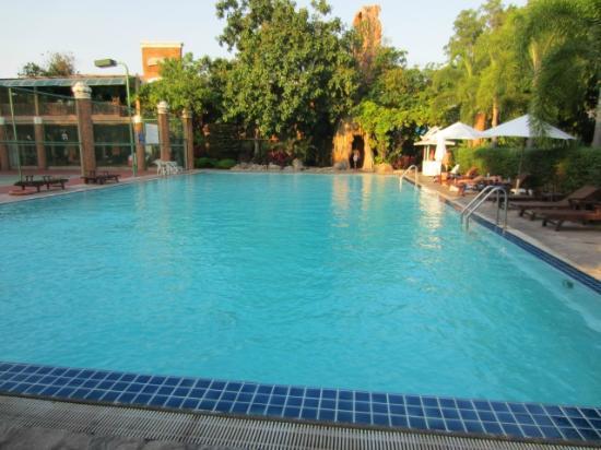 Fairtex Sports Club Hotel : Pool