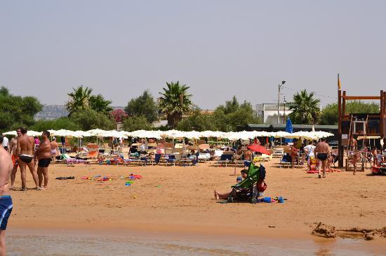 Donnalucata, Italy: spiaggia dell'hotel